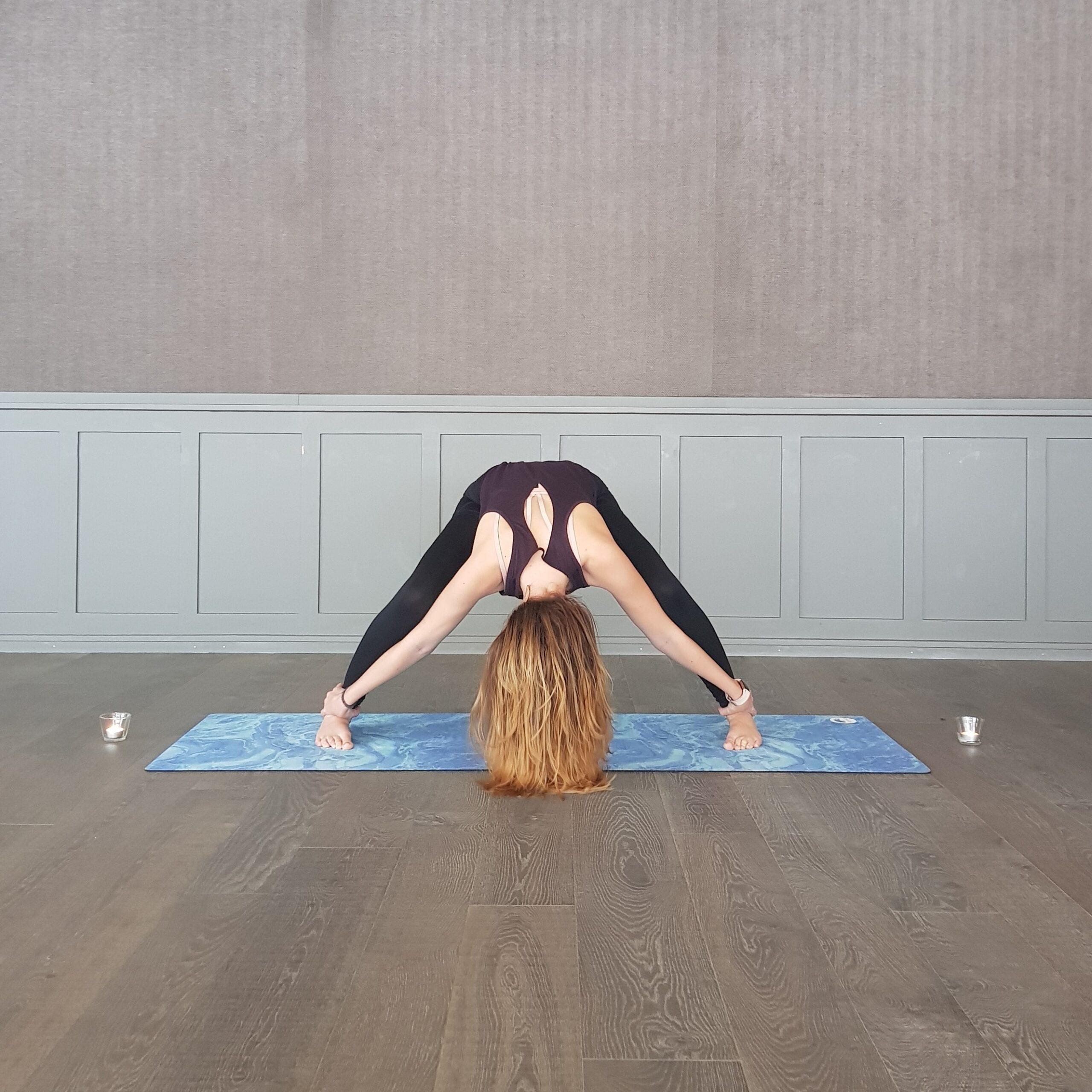 Yoga Teacher Alina Group Class Uster